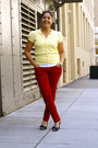 Yellow-banana-republic-top-skinny-jeans-hot-topic-pants