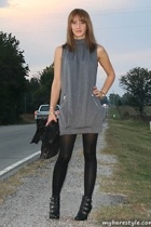 forever 21 dress - foot traffic tights - Nine West shoes - Wet Seal jacket - bar