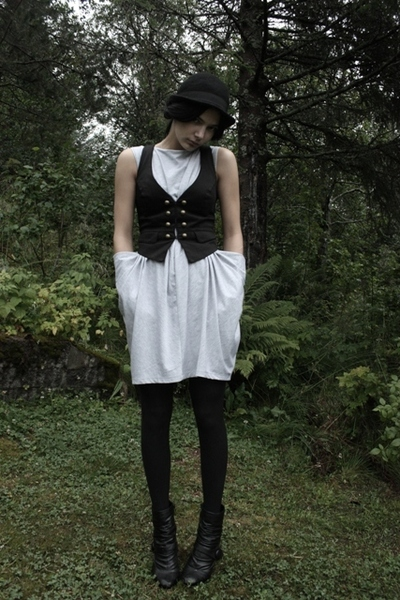 H&M vest - Cubus dress - Bianco shoes - H&M hat