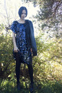 Blue-knitted-sequin-ganni-dress-black-booties-gojane-shoes