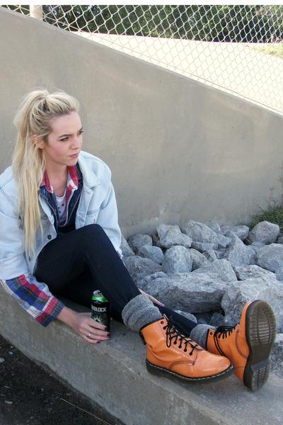 periwinkle denim Guess jacket - carrot orange patent Dr Marten boots