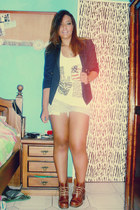 brown boots - navy blazer - sky blue shorts - neutral t-shirt