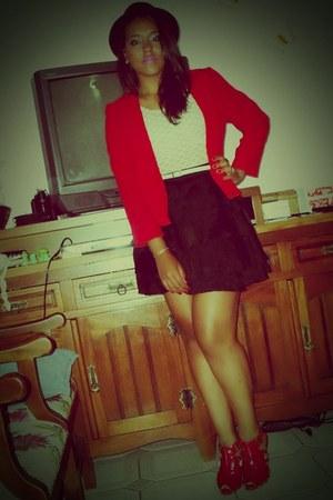 black Zara hat - red blazer - black skirt - red heels