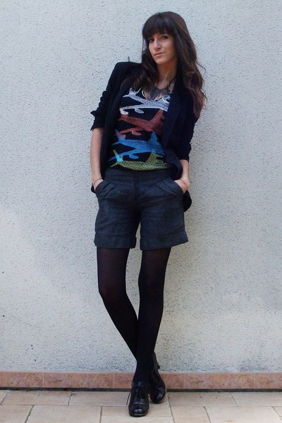 black printed Marc by Marc Jacobs t-shirt - black lace up Jonak shoes