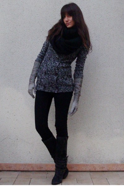 f21 sweater - Stradivarius jeans - Zara boots - H&M scarf - Avril Gau gloves
