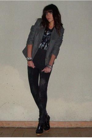 UO t-shirt - Zara jeans - Bershka jacket - Zara shoes