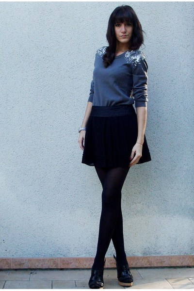 H&M sweater - Forever 21 skirt - Zara shoes