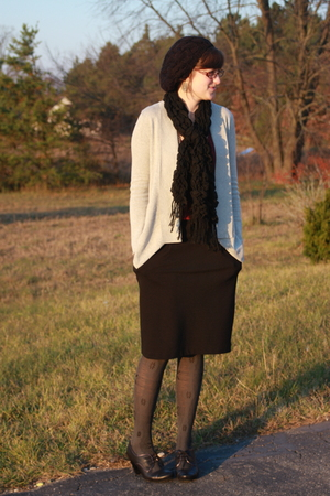 Meijer hat - Meijer scarf - Silence &amp; Noise sweater - f21 skirt - tights - DSW s