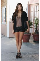 black faux leather Forever 21 shorts - black zipper Steve Madden wedges - neutra