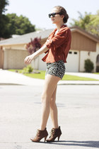 light brown lace up Steve Madden boots - camel leopard print Forever 21 shorts -