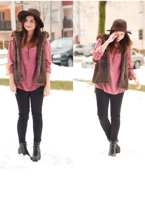 pink Bershka blouse - brown Bershka hat - brown faux fur pull&amp;bear vest