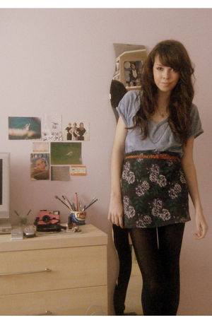gray Urban Outfitters skirt - blue Zara t-shirt - brown Topshop belt