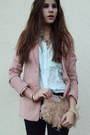 Gold-necklace-light-pink-blazer-light-blue-shirt-light-pink-heels