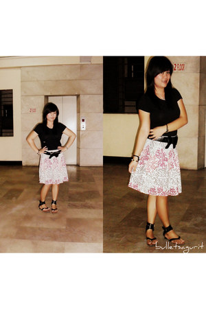 black Old Navy shirt - black SM Dept Store sandals - black bangkok belt - bubble