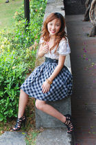white random from Hong Kong top - gray Betty skirt - black Parisian shoes - blac