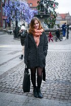 black Urban Outfitters boots - gray Tally Weijl coat - peach c&a scarf