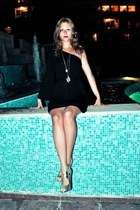 black asymetric H&M dress - gold H&M heels - gold Primark necklace