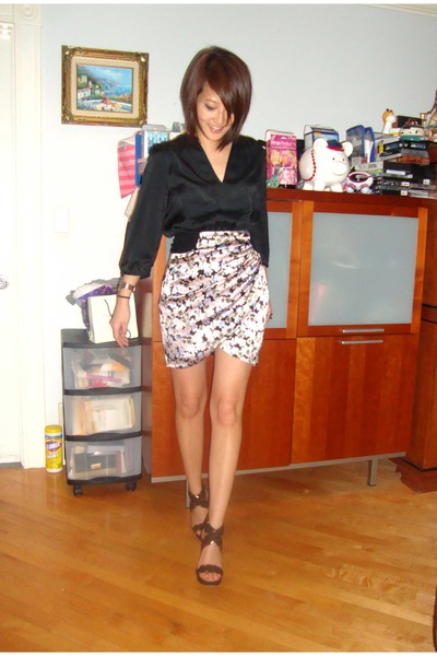 black H&M shirt - pink Bebe skirt - Giuseppe Zanotti shoes