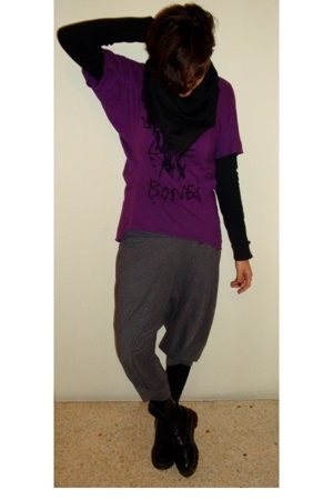 Topshop t-shirt - scarf - pull&bear pants - doc martens boots - Dorothy Perkins