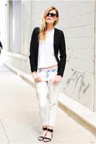 boyfriend Zara jeans - Steve Madden sandals