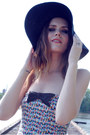 Zara-shorts-forever-21-hat-zara-top
