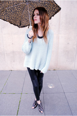 knit mint Zara sweater - Love Culture leggings - umbrella H&amp;M accessories