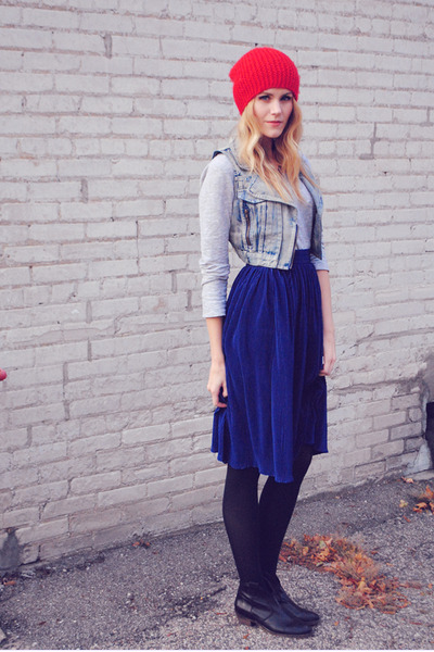 pleated American Apparel skirt - Steve Madden boots - acid wash SwayChic vest