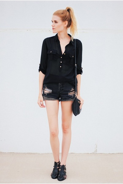 BC footwear shoes - Streetlevel bag - One Teaspoon shorts