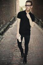 dr marten boots - black Levis jeans - Urban Outfitters hat - black polo H&M shir