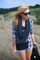 H&M shirt - t-shirt - aa scarf - shorts