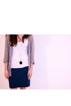BDG sweater - BDG t-shirt - skirt