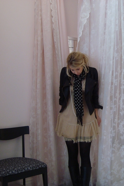 dress - jacket - scarf - boots