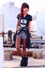 Black-creepers-choiescom-shoes-heather-gray-cross-romwecom-shorts