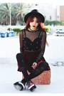 Black-wide-brim-oasap-hat-black-spike-oasap-necklace-black-motel-rocks-top