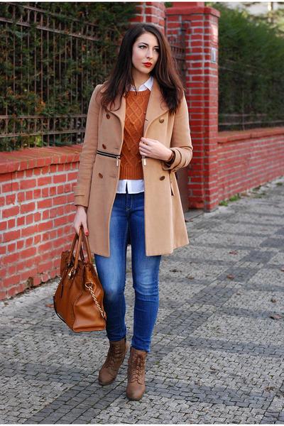camel VJ-style coat - blue lindex jeans - brick red Zara scarf