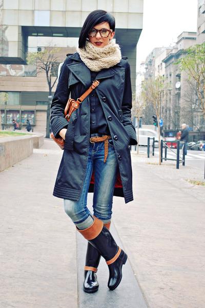 black Tommy Hilfiger boots - black Miss Sixty coat - blue Zara jeans