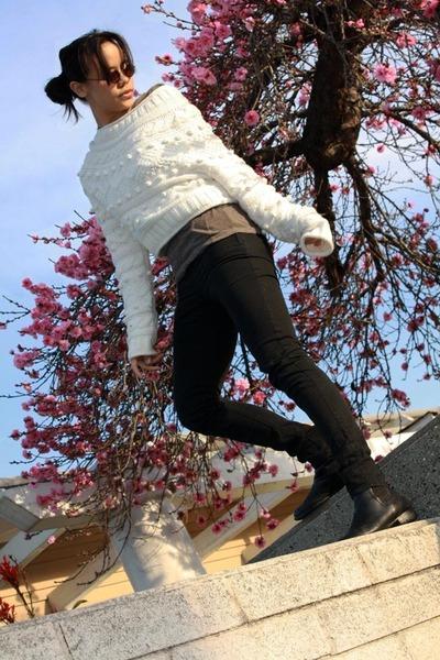 etsy Ralph Lauren boots - etsy vintage sweater - H&M leggings - vintage sunglass