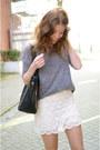 We-shirt-romwe-bag-mango-skirt