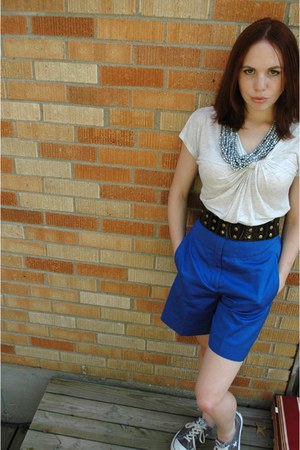 blue escada shorts - silver Anthropologie necklace