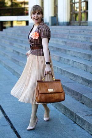 bronze Dolce&Gabbana bag - light pink Prada heels - neutral Mango skirt