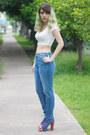 White-crop-bershka-top-blue-jeffrey-campbell-boots-blue-pull-bear-jeans