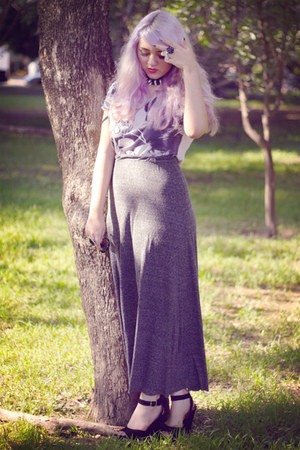 dark gray Zara skirt - black fahrenheit shoes - white Zara t-shirt