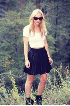 Forever 21 skirt - Zara boots - crop top American Apparel shirt