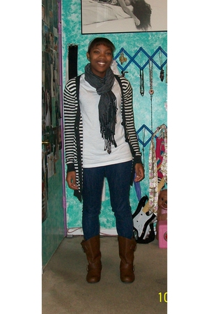Hanes t-shirt - sweater - jeans - scarf - Charlotte Russe boots