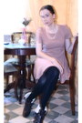 Kurt-geiger-boots-light-pink-dress-dress-chanel-earing-accessories