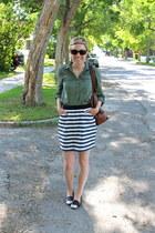 banana republic bag - piperlime skirt - DV by dolce vita flats - Old Navy blouse