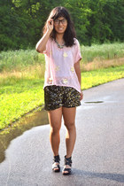black American Idol shorts - light pink thrifted top - gold Target necklace