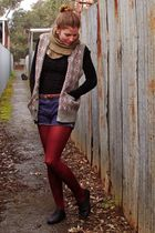 black - top - blue thrifted shorts - gray thrifted vest - red Myer tights - blac