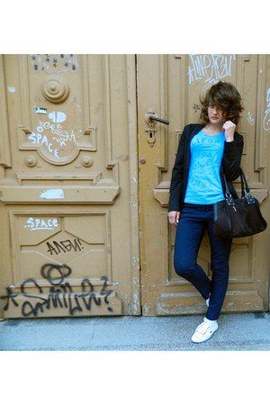 black Pool&Bear blazer - black Bianco bag - light blue time out t-shirt