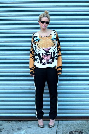 MinkPink sweater - black ray-bans sunglasses - black The Limited pants